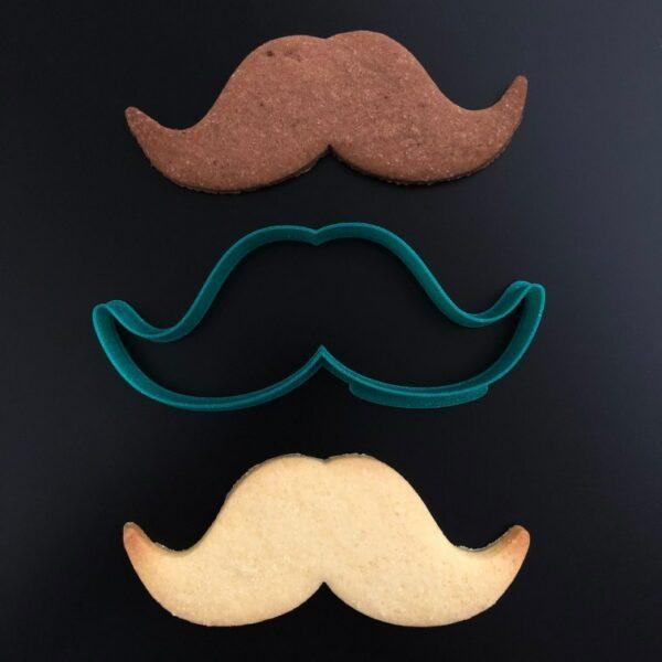 moustache emporte pièce